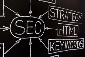 Tafel mit Keywords_SEO_Strategy